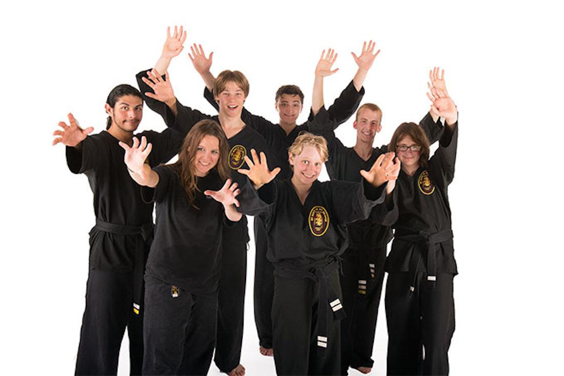 poekoelan kung fu tieners en jongeren
