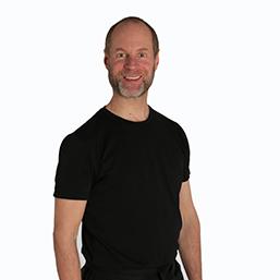 poekoelan kung fu trainer maarten